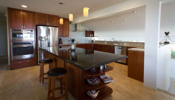 Hawaii Kitchen Remodeler - $80K Kitchen remodel enlarges ohana's gathering place by Design Trends Construction
