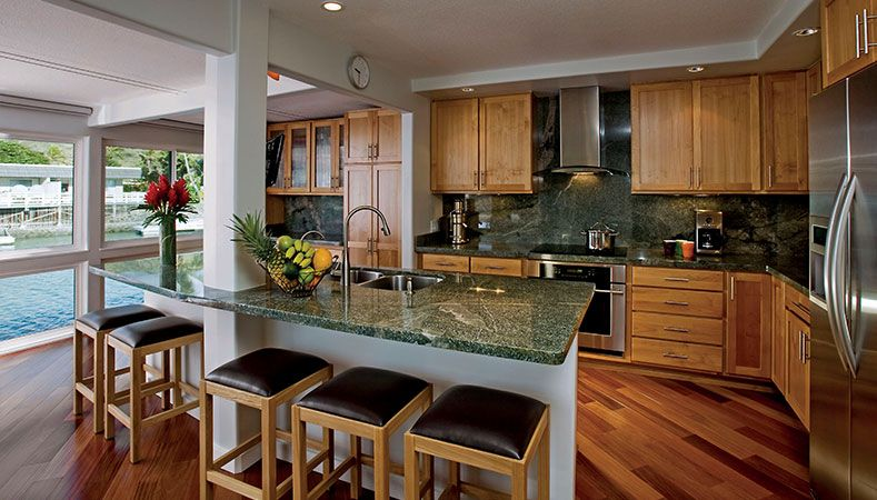 Hawaii Remodeler - Video: A kitchen meets the water featuring Homeowners Design Center