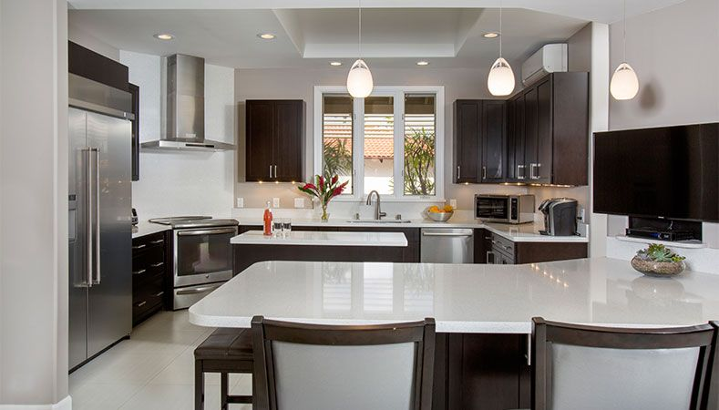 Hawaii Kitchen Remodeler — Kitchen remodel makes kitchen modern & functional by Homeowners Design Center