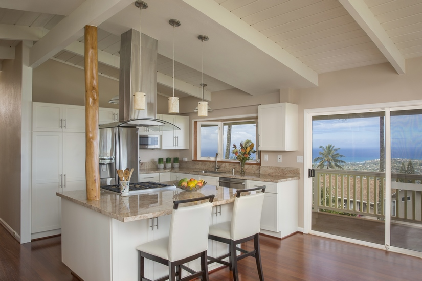 Hawaii Kai home gets a modern update by Homeowners Design Center. Click on the photo to learn more about Homeowners Design Center