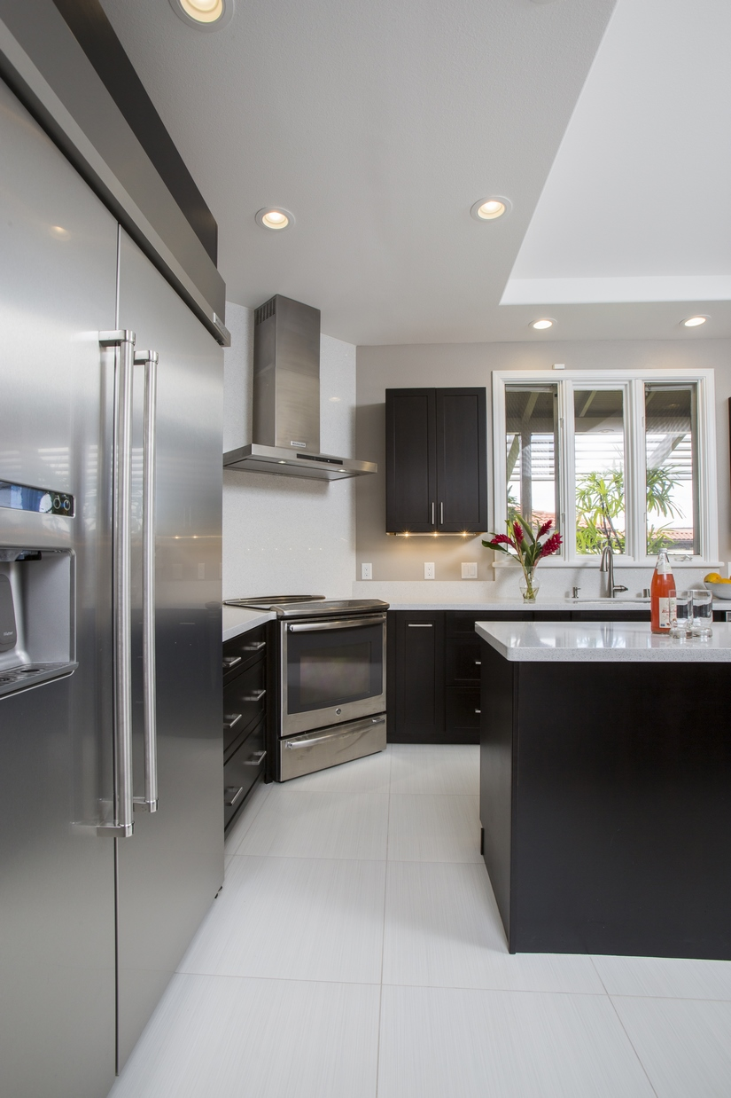 The final finishes of the kitchen remodel capped off what became the perfect new kitchen for the homeowners.