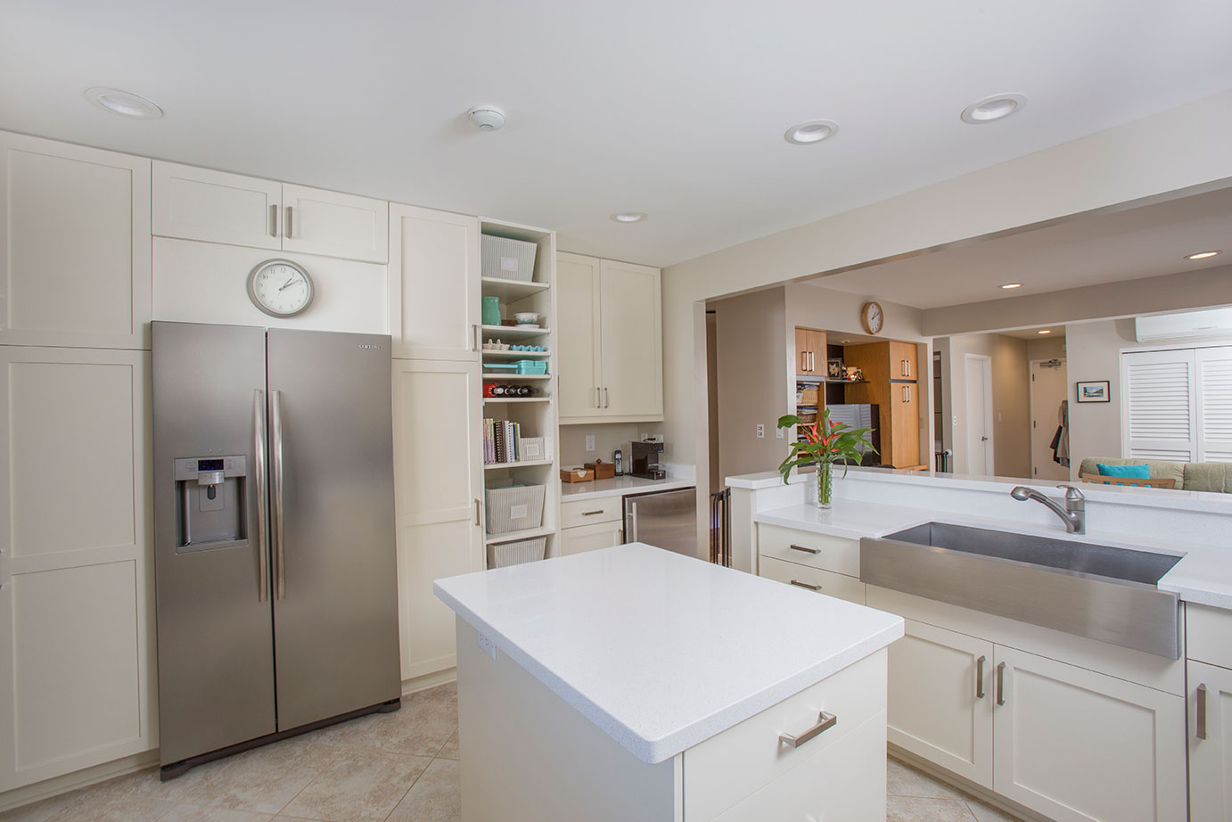 Hawaii Kitchen Remodeler   A Clean, Mean Kitchen Makeover By Homeowners  Design Center
