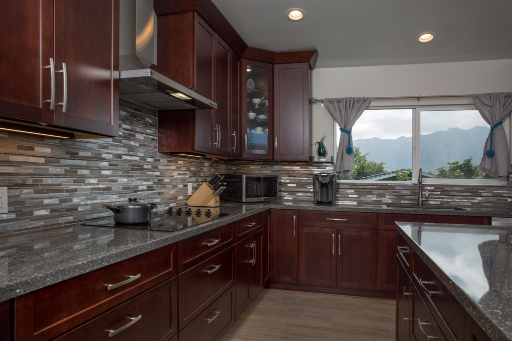 One Family's Kaneohe Kitchen
