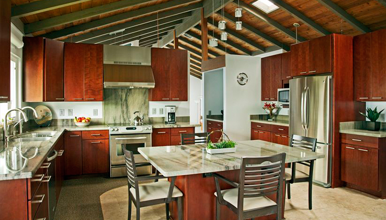 Hawaii Kitchen Remodeler—Homeowners Design Center; Kitchen remodel goes from crowded kitchen to open cucina